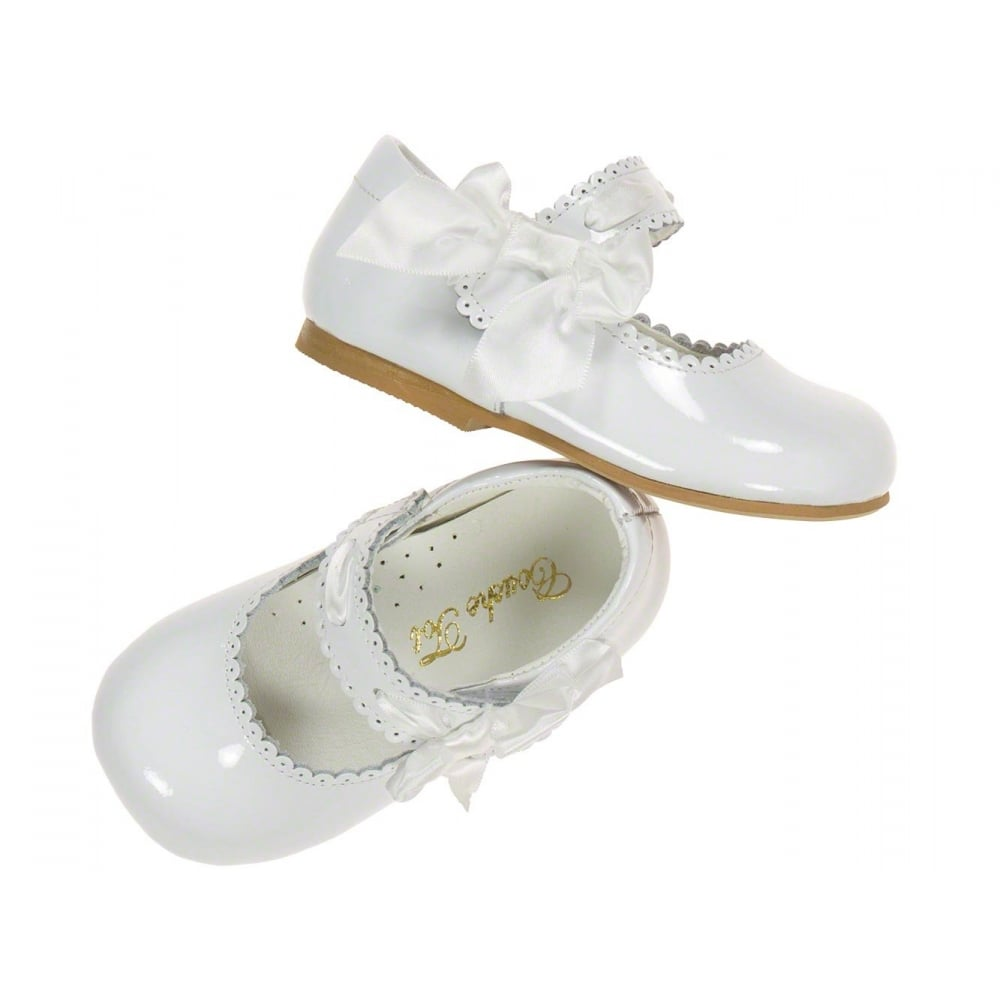 8eb5a5ece86 Couche-Tot-Girls-White-Patent-Side-Bow-Mary-Jane-Shoe