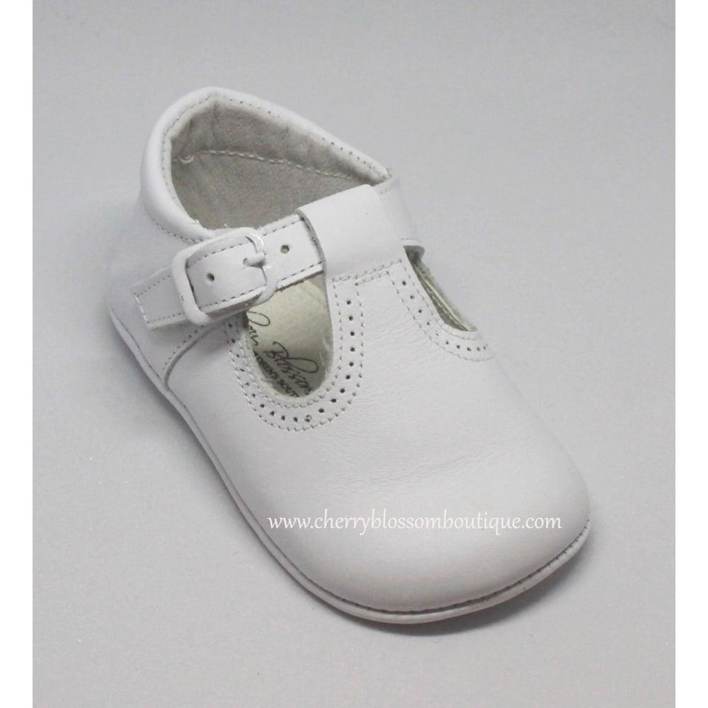 Leon Baby White Leather Uni Pram Shoe