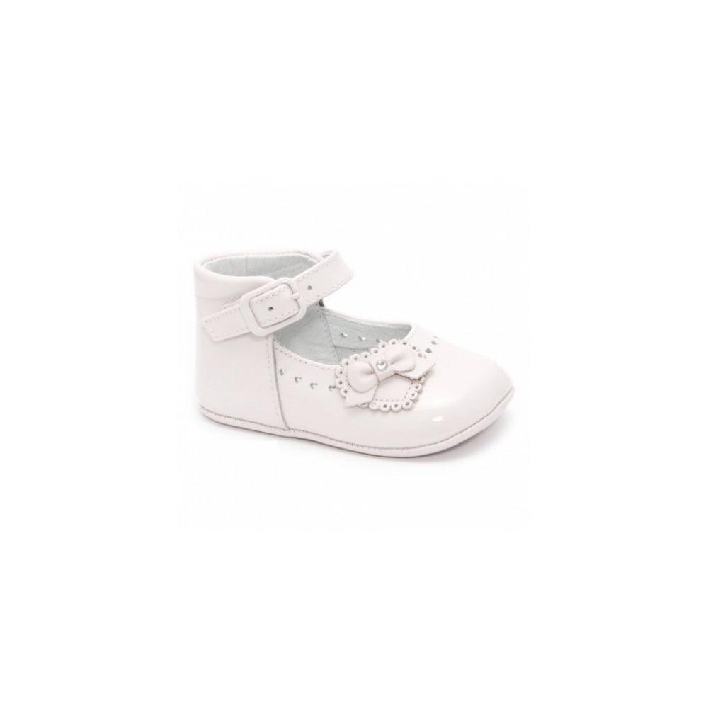 Leon-Baby-Girl-White-Patent-Pram-Shoe