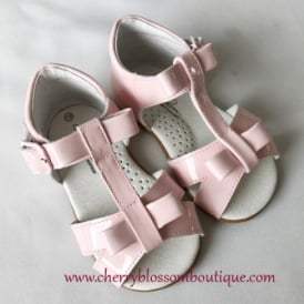 Girls Bow Sandal in Pink Patent