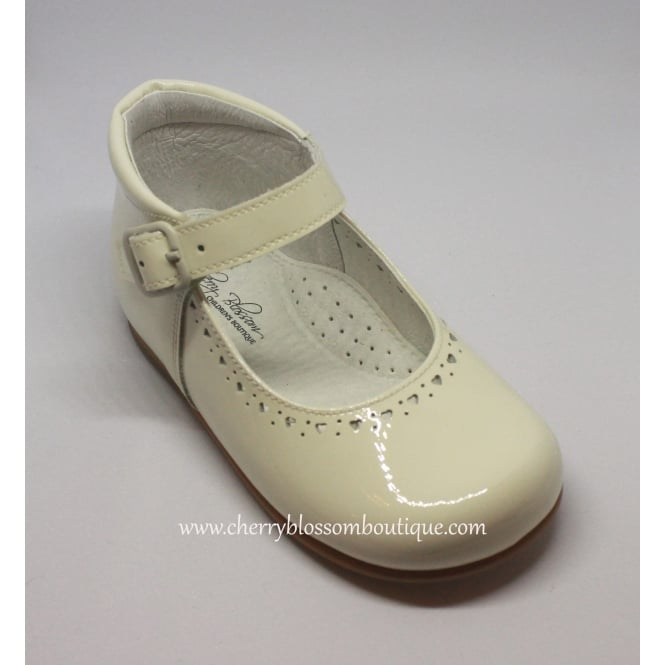 Leon Shoes Girls Ivory Patent Shoe