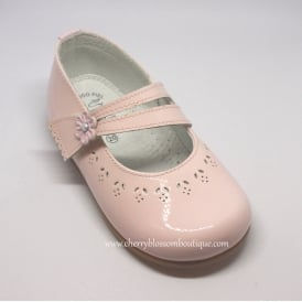 Girls Pink Patent Leather Dolly Shoe