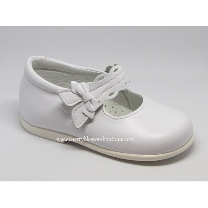 Leon Shoes Girls White Leather Dolly Shoe