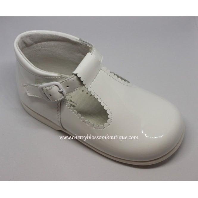 Leon-Girls-White-Patent-T-Bar-Shoe