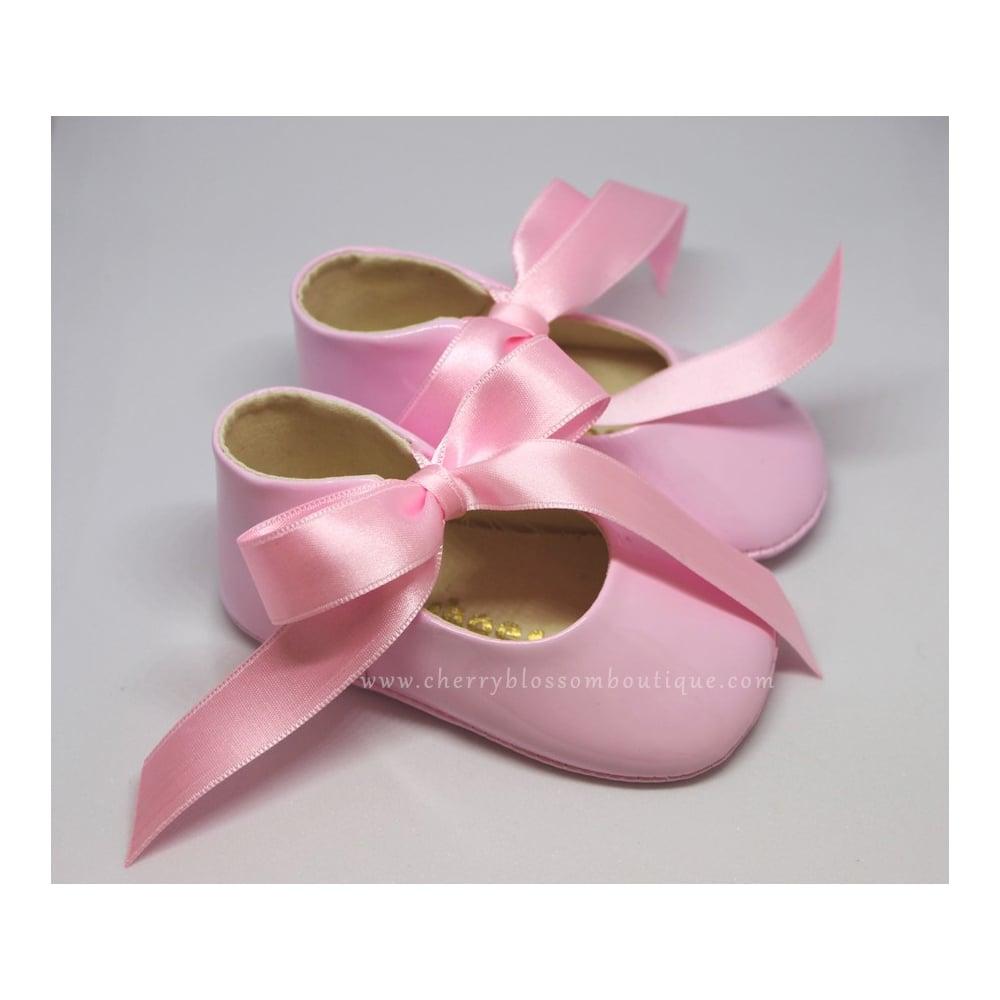Baby-Shoes-Baby-Soft-Patent-Ribbon-Pram